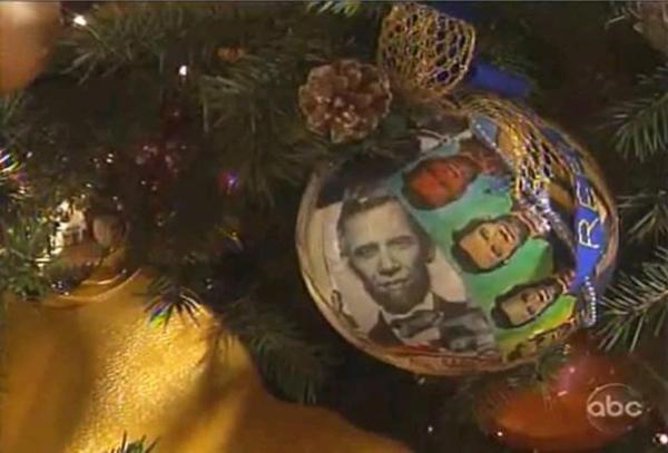 This ... - The Obamas' Hacky-Tacky White House Christmas Tree Nice Deb