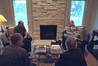 George_W_Bush_and_Vladimir_Putin_by_Limestone_fireplace_at_Texas_White_House_in_Crawford_Texas