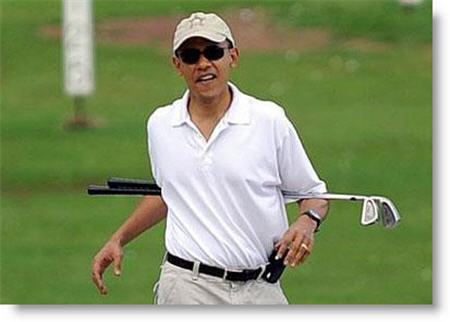 pres-barack-obama-golfing