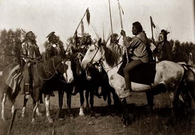 http://nicedeb.files.wordpress.com/2013/12/indian-war-council.jpg