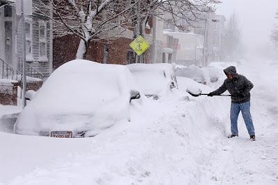 http://2.bp.blogspot.com/-rqm3xursN8A/VMZUg-wsb3I/AAAAAAABqDc/beJ75C6IVPY/s1600/Boston%2Bsnow.jpg
